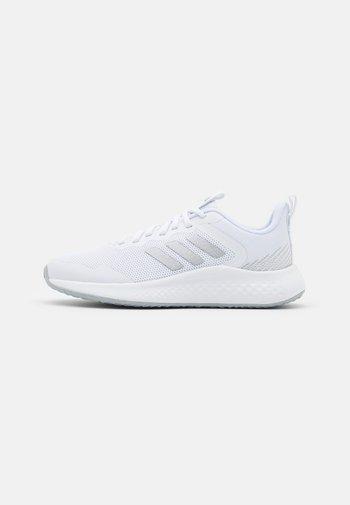 FLUIDSTREET - Zapatillas de entrenamiento - footwear white/matte silver/halo silver