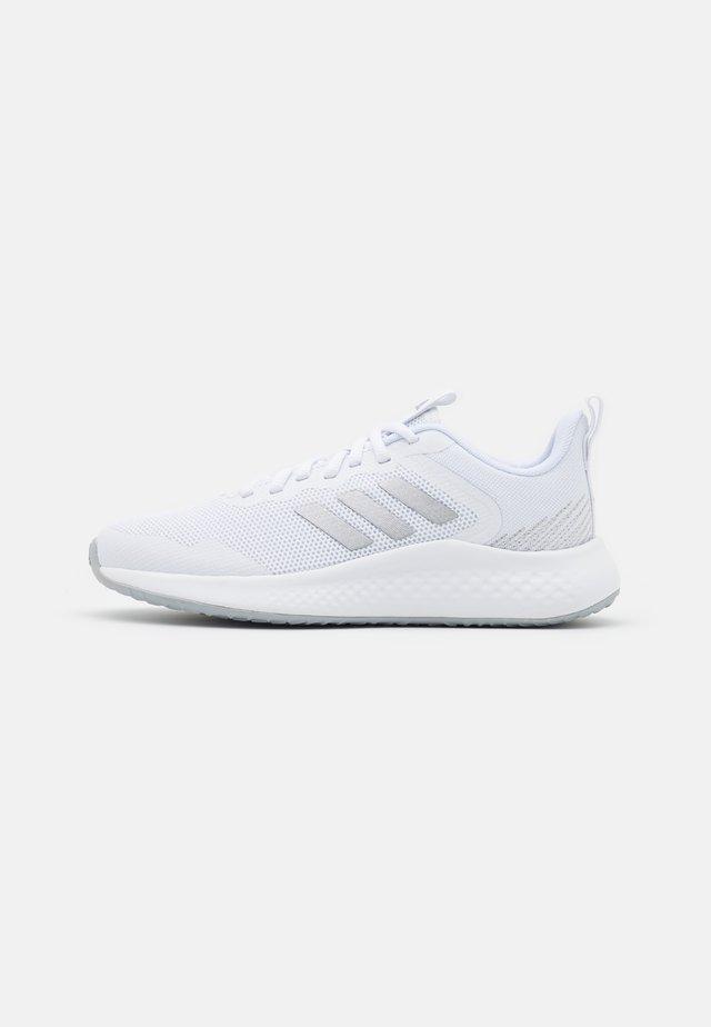 FLUIDSTREET - Sportschoenen - footwear white/matte silver/halo silver