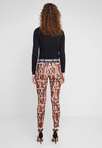 Just Cavalli - PANTALONE - Leggings - Hosen - print - 2