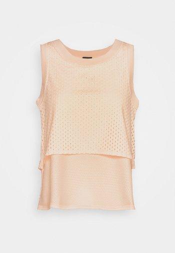 DRY - T-shirt sportiva - guava ice/black