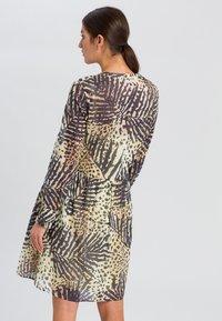 Marc Aurel - Shirt dress - sand varied - 2