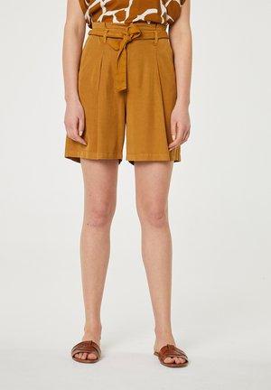 Shorts - marrón claro
