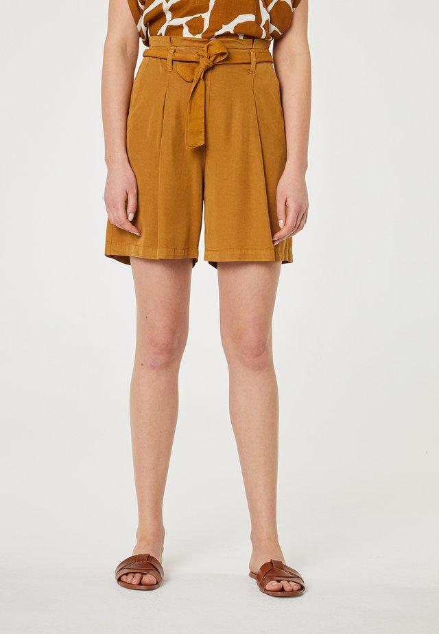 Short - marrón claro