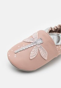 Robeez - SHINY DRAGONFLY - First shoes - light pink - 5