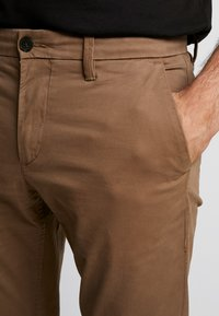 Timberland - SARGENT LAKE STRETCH - Chino - cub - 3