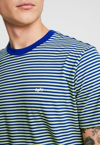 Obey Clothing - APEX TEE - T-shirt imprimé - surf blue/multi - 5