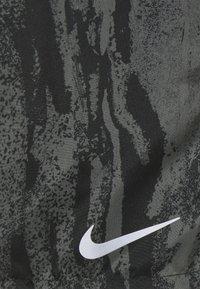 Nike Performance - SHORT - Sports shorts - black - 5