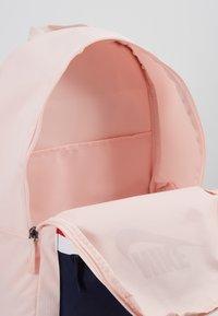 Nike Sportswear - HERITAGE UNISEX - Reppu - echo pink - 4
