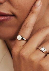 Isabel Bernard - Ring - weißgold - 1