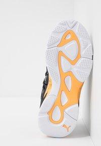 Puma - LQD CELL OMEGA DENSITY - Trainers - white/black - 4