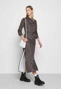 NU-IN - BELTED DRESS - Maxi dress - dark grey - 4