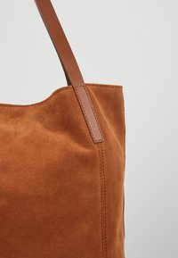 Anna Field - LEATHER - Shopping bag - cognac - 6