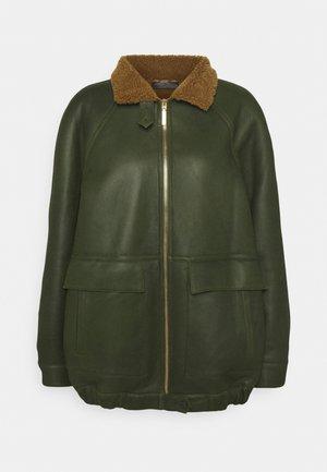 SHEARLING - Leather jacket - fantasy print green