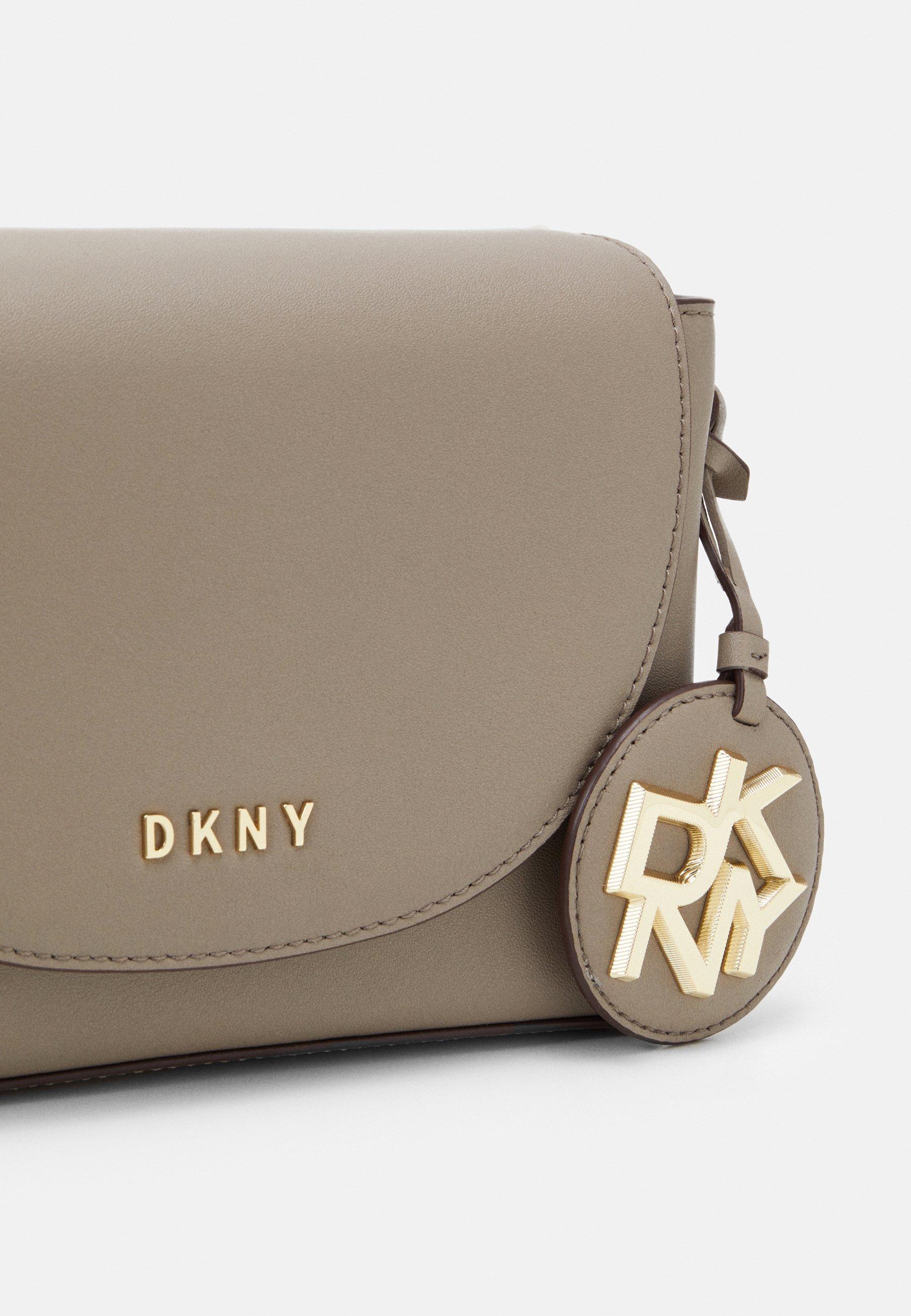 DKNY DAYNA FLAP CBODY Umhängetasche soft clay/grau