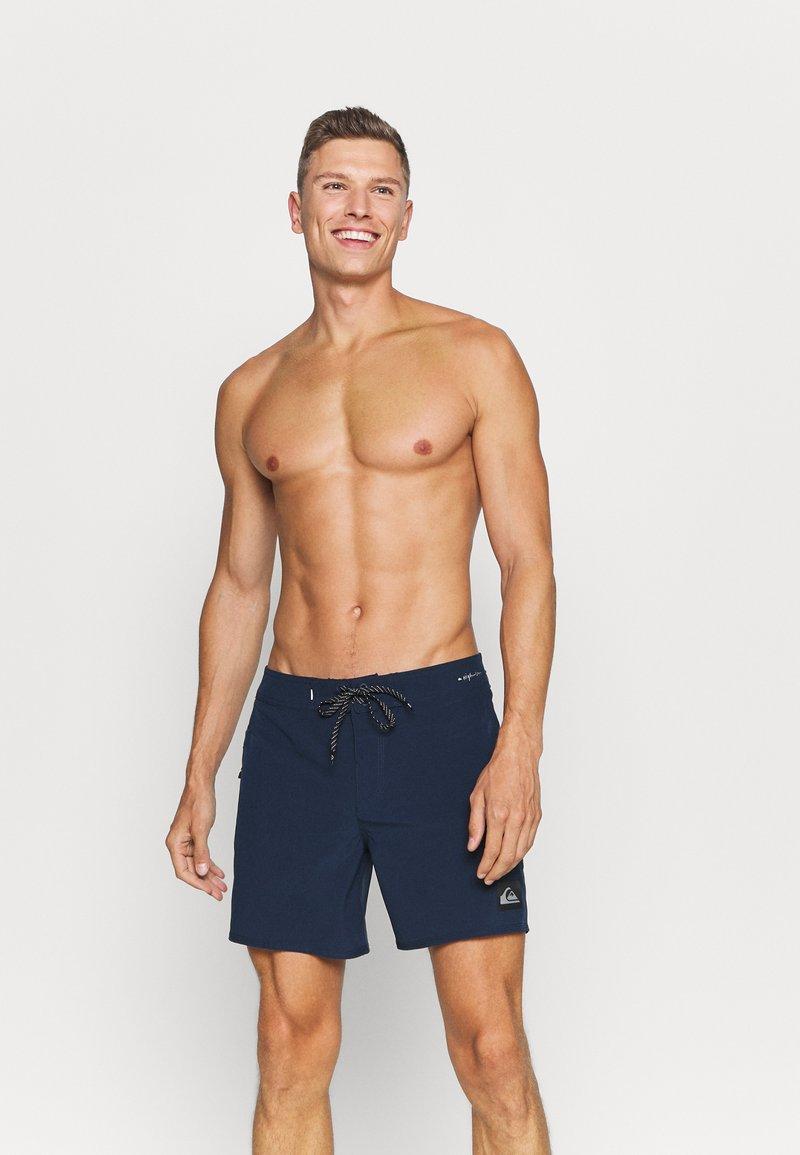 Quiksilver - HIGHLINE KAIMANA - Swimming shorts - navy blazer