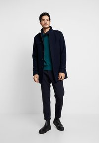 Selected Homme - SLHCOVENT COAT - Cappotto invernale - dark sapphire - 1