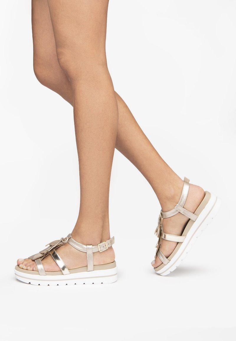NeroGiardini - Platform sandals - nut