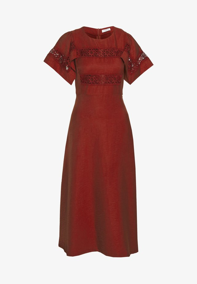 Day dress - terracotta