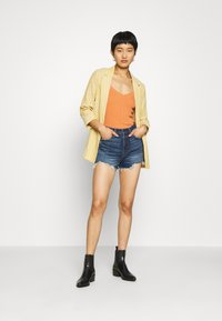 Abercrombie & Fitch - Denim shorts - dark blue denim - 1