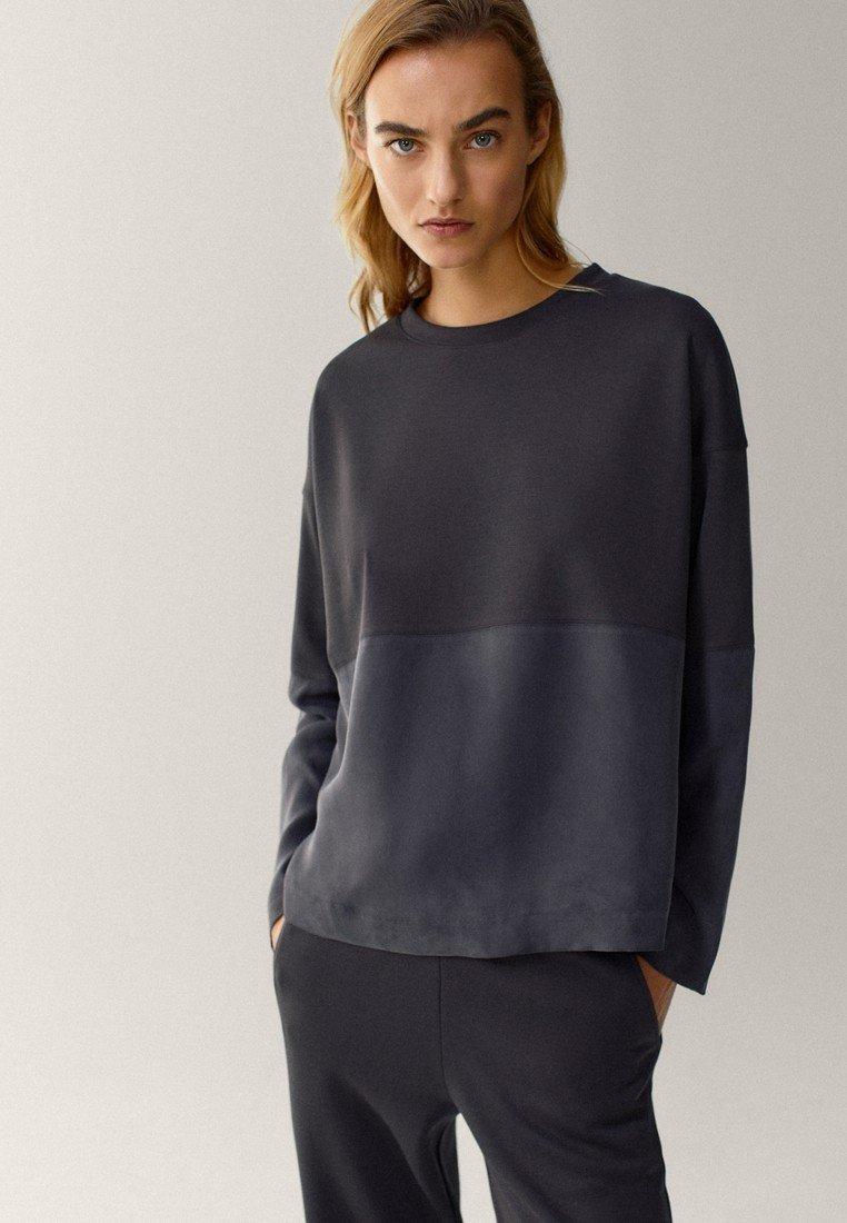 Massimo Dutti - MIT RUNDAUSSCHNITT  - Sweater - dark blue