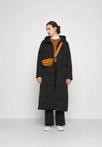 Spoom - LUCY - Down coat - black - 1