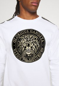 Glorious Gangsta - EMMUS  - Sweatshirts - white - 5