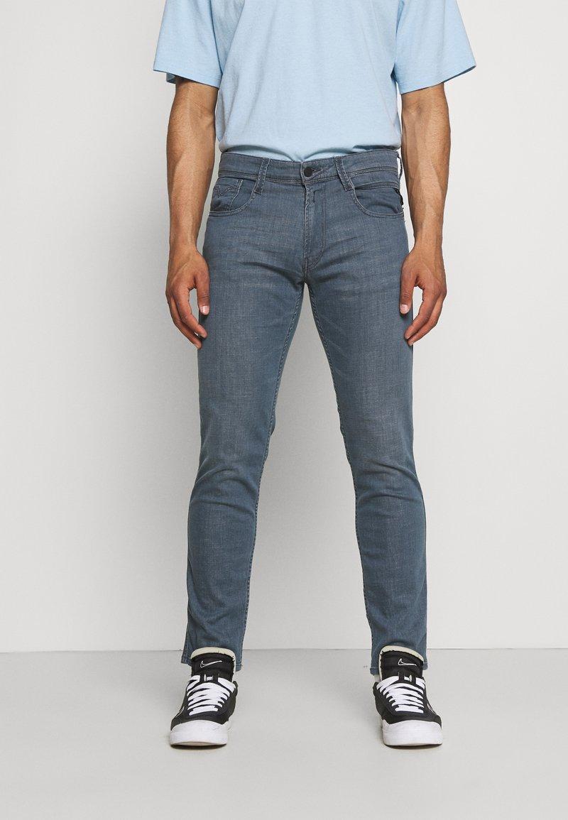 Replay - ANBASS LITE - Straight leg jeans - medium grey