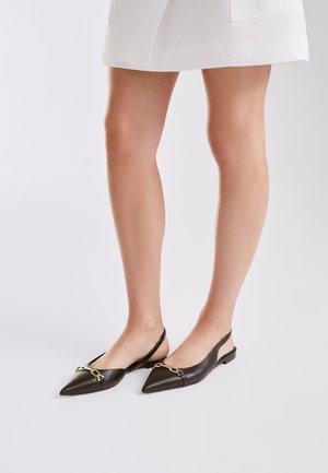 MIT SCHNALLE  - Slingback ballet pumps - black