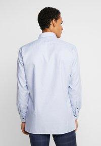 OLYMP - Formální košile - light blue/white - 2