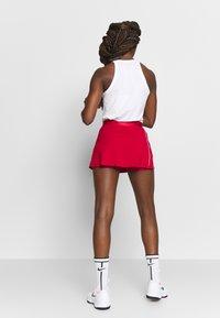 Nike Performance - DRY SKIRT - Sports skirt - gym red/white - 2