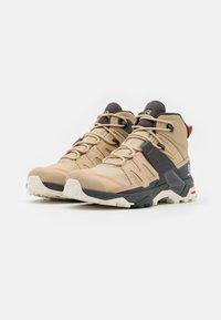 Salomon - X ULTRA 4 MID GTX - Hiking shoes - safari/magnet/persimon - 1