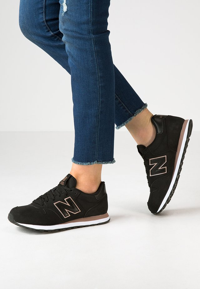 GW500 - Sneakers laag - black