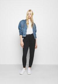 Even&Odd - 2 PACK - T-shirt basic - black/white - 0