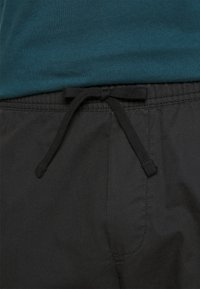 GAP - EASY PANT - Spodnie materiałowe - moonless night - 4