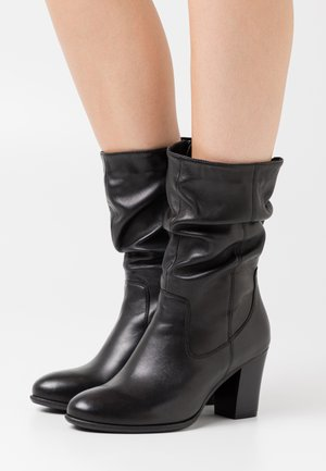 STEVY - Vysoká obuv - black