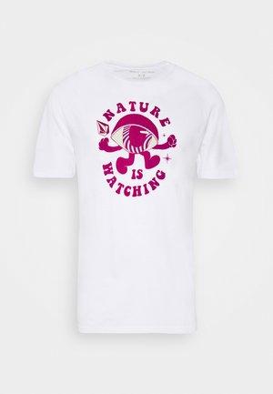 WATCHER - Print T-shirt - white