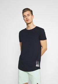 TOM TAILOR DENIM - WITH PRINT - T-shirt med print - sky captain blue - 0