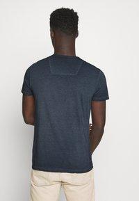 INDICODE JEANS - KESWICK - T-shirt - bas - navy - 2