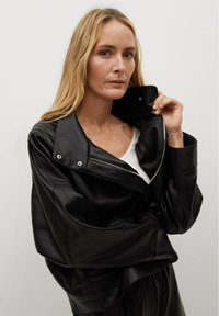 Mango - SOUL - Faux leather jacket - schwarz - 4