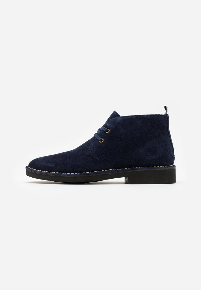 TALAN CHUKKA BOOTS CASUAL - Chaussures à lacets - navy
