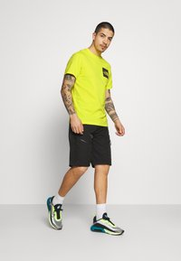 The North Face - FINE TEE - Triko s potiskem - sulphur spring green - 1