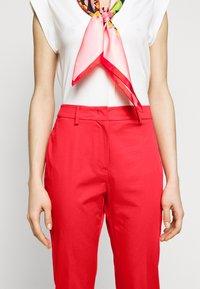 WEEKEND MaxMara - FARAONE - Trousers - orange - 3