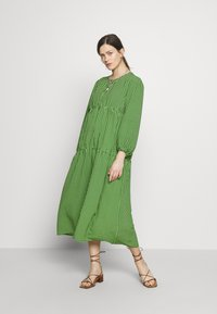 Topshop Maternity - SMOCK TIERED DRESS - Day dress - green/black - 1