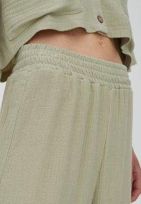 PULL&BEAR - Trousers - green - 3