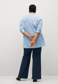 Violeta by Mango - BILMA8 - Button-down blouse - himmelblau - 2