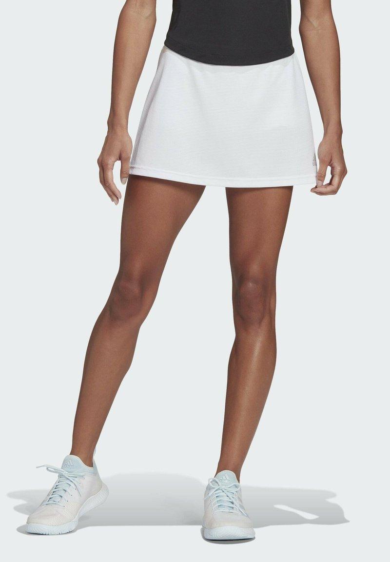 adidas Performance - CLUB SKIRT - Gonna sportivo - white/grey two