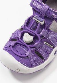 Keen - MOXIE  - Chodecké sandály - royal purple/vapor - 2