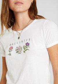 Hollister Co. - BOTANICAL TEE - T-shirts print - white - 5