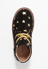 Walnut - BEAU DESERT  - Lace-ups - black/gold star
