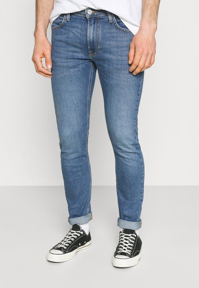LUKE - Slim fit -farkut - light-blue denim